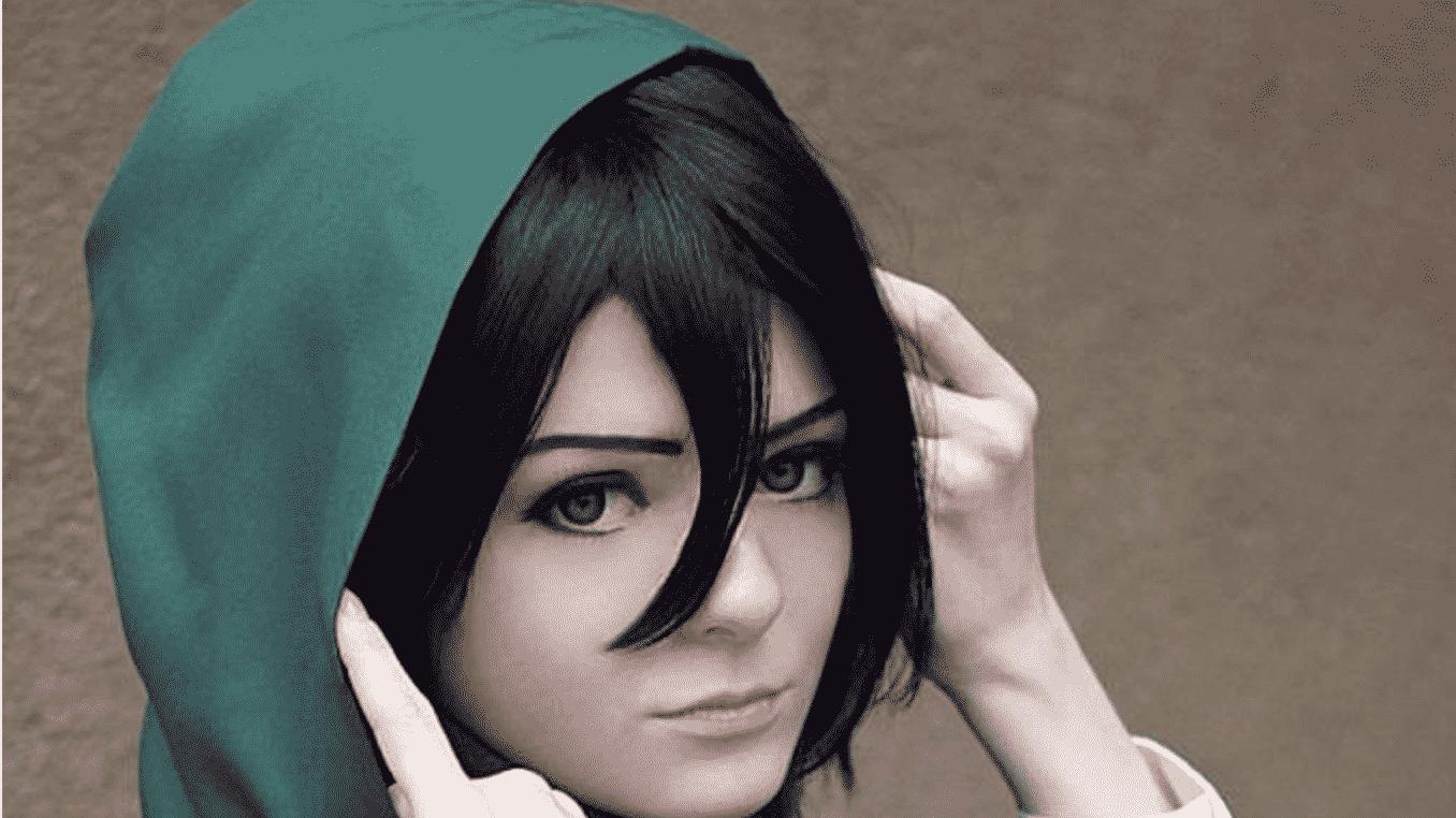 Le parfait fan de cosplay de Mikasa participe à l'attaque des titans 1